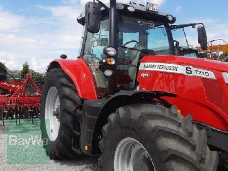 Traktor des Typs Massey Ferguson 7719S DYNA-VT NEW EXCLUSIVE, Gebrauchtmaschine in Eichendorf (Bild 2)