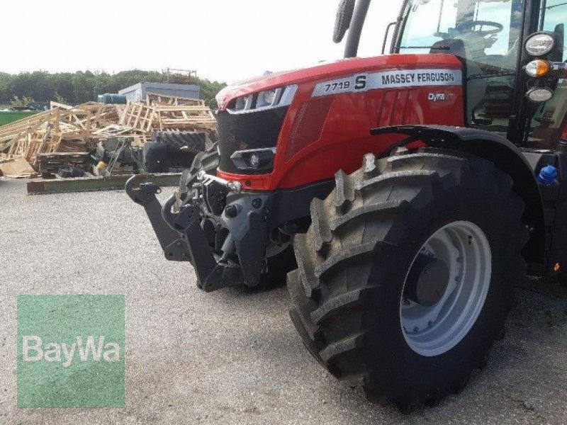 Traktor des Typs Massey Ferguson 7719S DYNA-VT NEW EXCLUSIVE, Gebrauchtmaschine in Eichendorf (Bild 3)