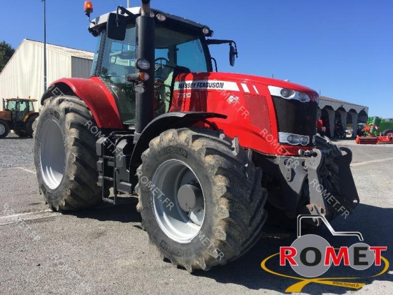 Traktor des Typs Massey Ferguson 7720 DV EF, Gebrauchtmaschine in Gennes sur glaize (Bild 1)