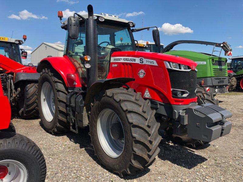 Traktor tip Massey Ferguson 7720, Gebrauchtmaschine in Grantham (Poză 1)
