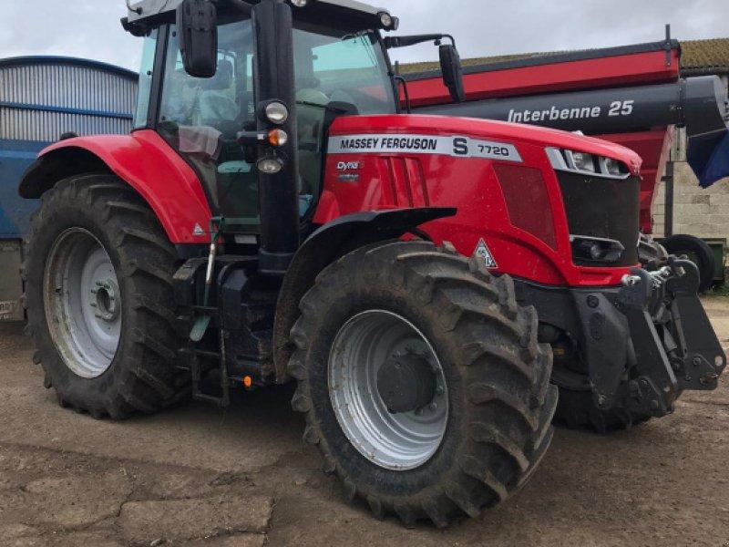 Traktor of the type Massey Ferguson 7720, Gebrauchtmaschine in Grantham (Picture 1)