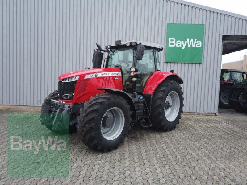 Traktor des Typs Massey Ferguson 7722 S DYNA-VT EXCLUSIVE, Gebrauchtmaschine in Manching (Bild 1)