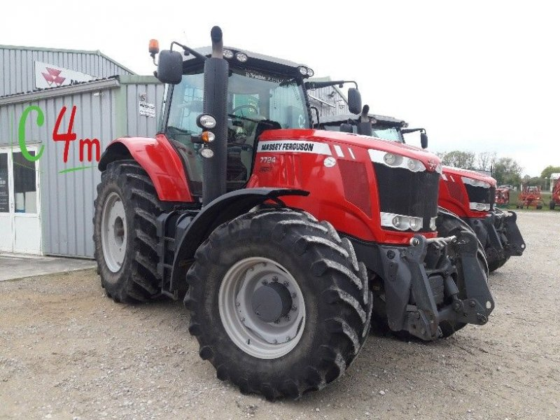 Traktor типа Massey Ferguson 7724 DVT EXCLUSIVE, Gebrauchtmaschine в POUSSAY (Фотография 1)