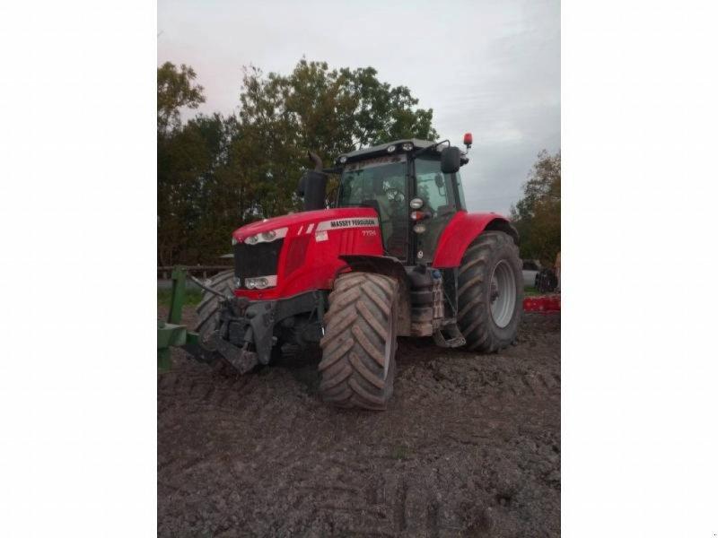 Traktor типа Massey Ferguson 7724, Gebrauchtmaschine в Vouziers (Фотография 1)