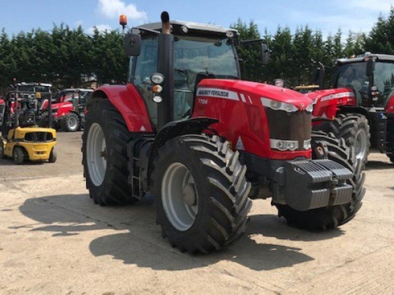 Traktor типа Massey Ferguson 7724, Gebrauchtmaschine в Grantham (Фотография 1)