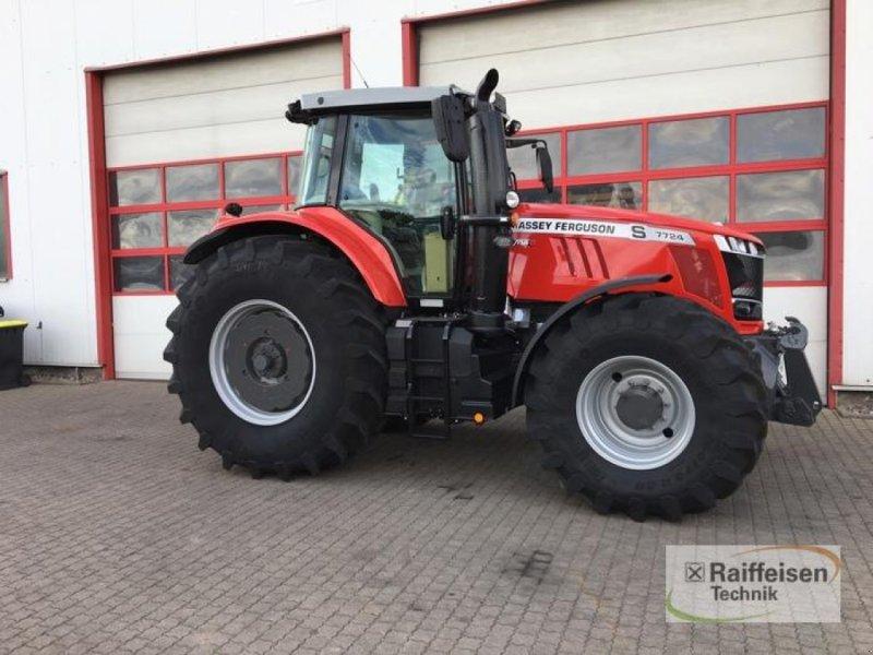 Traktor des Typs Massey Ferguson 7724S Dyna-6 E, Gebrauchtmaschine in Bad Langensalza (Bild 4)