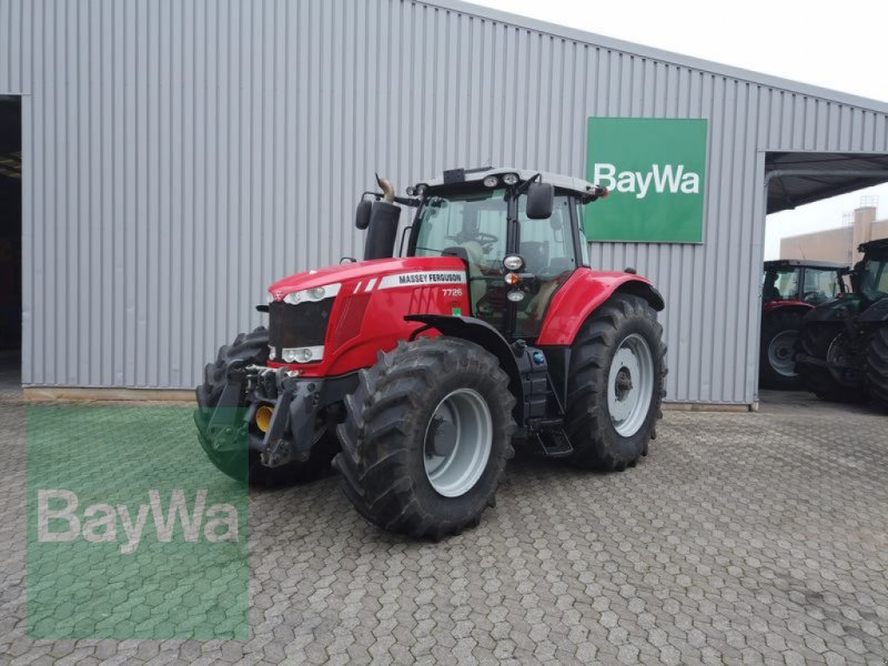 Traktor des Typs Massey Ferguson 7726 DYNA-6 EXCLUSIVE, Vorführmaschine in Manching (Bild 1)