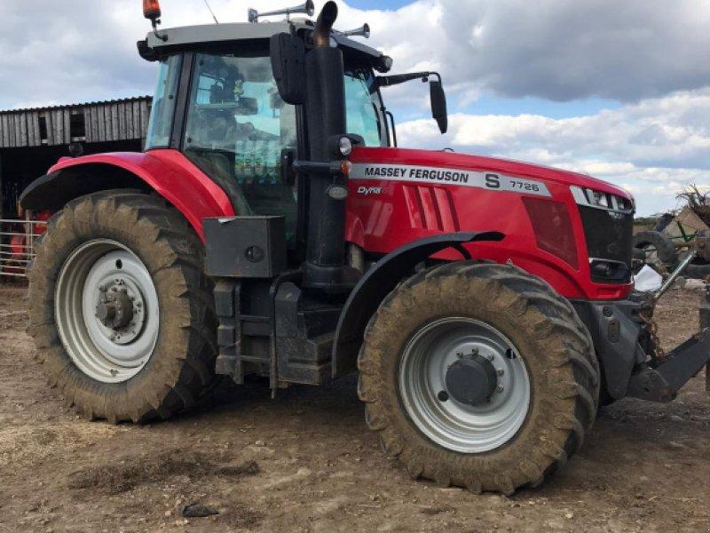 Traktor des Typs Massey Ferguson 7726 Dyna, Gebrauchtmaschine in Cirencester (Bild 1)