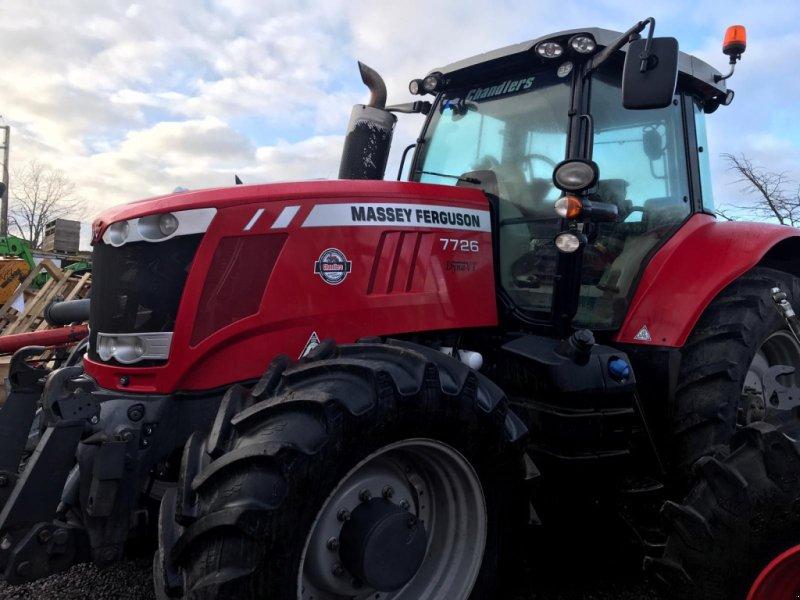 Traktor of the type Massey Ferguson 7726, Gebrauchtmaschine in Grantham (Picture 1)
