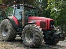 Traktor des Typs Massey Ferguson 8250, Gebrauchtmaschine in Markersdorf (Bild 1)