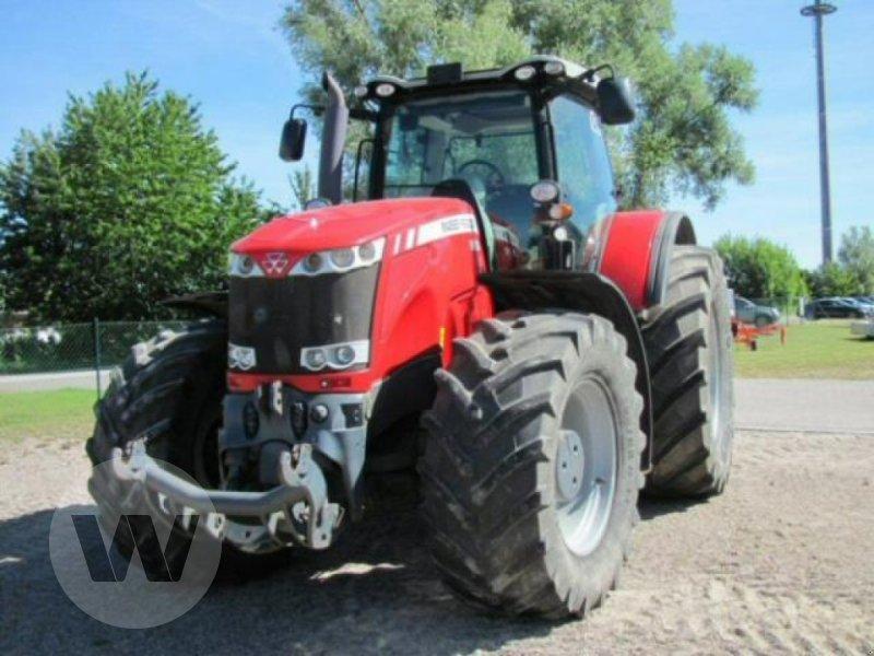 Traktor des Typs Massey Ferguson 8690 DVT, Gebrauchtmaschine in Kleeth (Bild 1)