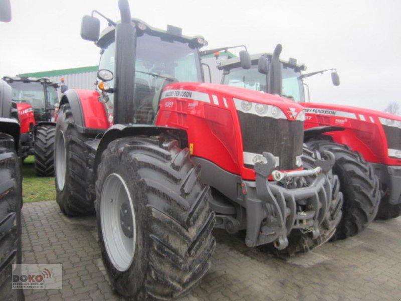 Traktor des Typs Massey Ferguson 8727 DVT Exclusive, Neumaschine in Schoenberg (Bild 1)