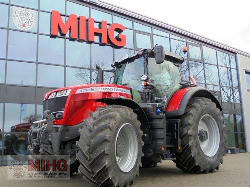 Traktor des Typs Massey Ferguson 8732 DYNA-VT, Neumaschine in Dummerstorf OT Petschow (Bild 1)