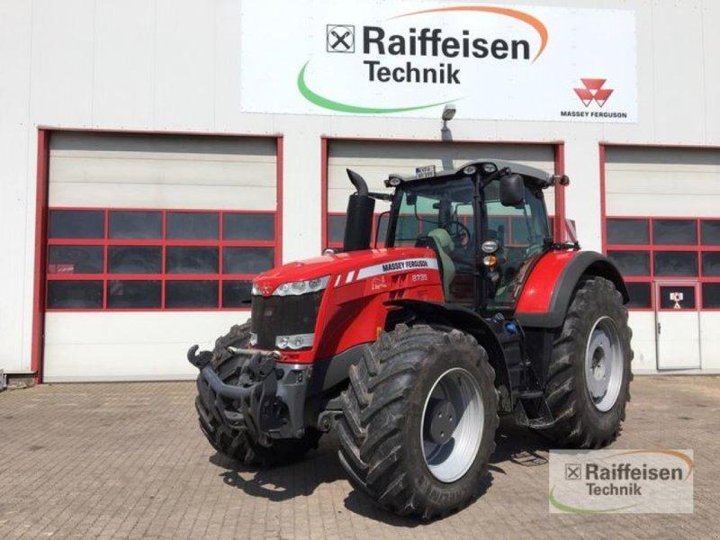 Traktor des Typs Massey Ferguson 8735 Dyna-VT E, Vorführmaschine in Bad Langensalza (Bild 1)