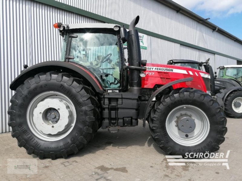 Traktor des Typs Massey Ferguson 8737 DYNA-VT, Gebrauchtmaschine in Wildeshausen (Bild 1)