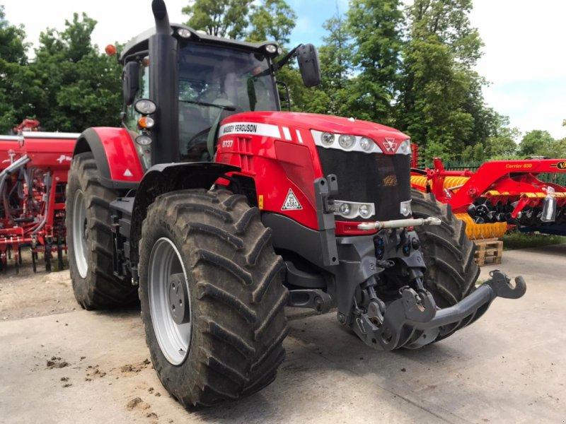 Traktor des Typs Massey Ferguson 8737 Exclusive Dyna, Gebrauchtmaschine in Grantham (Bild 1)