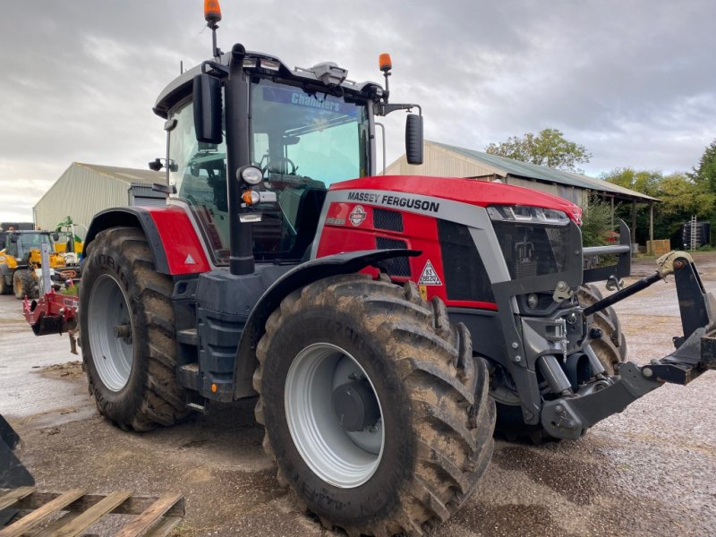 Traktor типа Massey Ferguson 8S.225 EXD7, Gebrauchtmaschine в Grantham (Фотография 1)