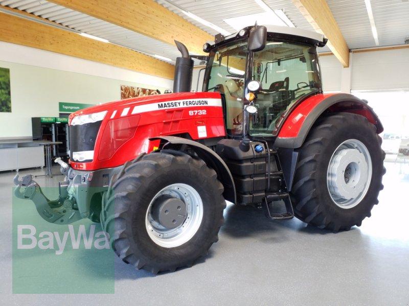 Traktor des Typs Massey Ferguson Dyna-VT 8732, Gebrauchtmaschine in Bamberg (Bild 1)