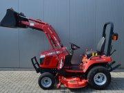 Massey Ferguson GC2400 Traktor