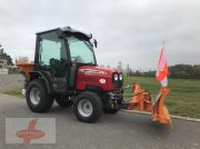 Traktor типа Massey Ferguson MF 1525 H + Schneeschild + Streuer, Vorführmaschine в Oederan