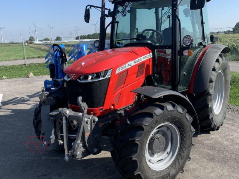 Traktor des Typs Massey Ferguson MF 3707 AL, Vorführmaschine in Schwechat (Bild 1)