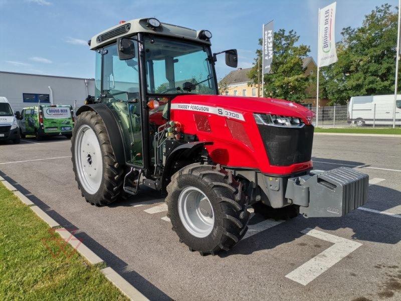 Traktor des Typs Massey Ferguson MF 3708 S, Gebrauchtmaschine in Schwechat (Bild 1)