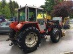 Traktor des Typs Massey Ferguson MF 377 in Burgkirchen