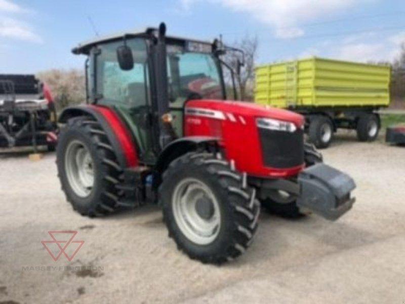 Traktor des Typs Massey Ferguson MF 4709 Profi, Gebrauchtmaschine in Schwechat (Bild 1)