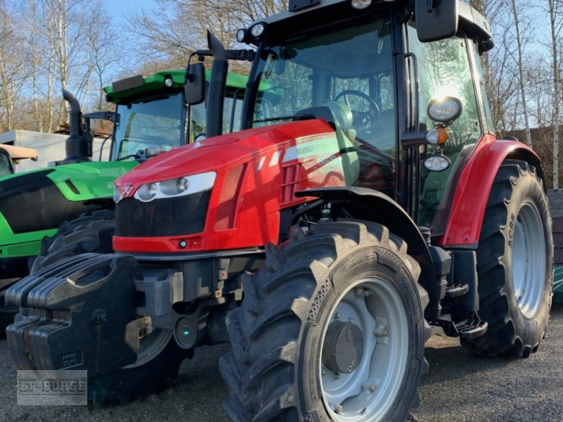Traktor des Typs Massey Ferguson MF 5608 Dyna 4, Gebrauchtmaschine in Bramsche (Bild 1)