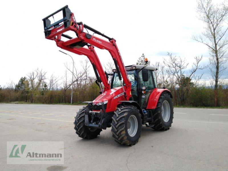Traktor des Typs Massey Ferguson MF 5711 S Efficient, Vorführmaschine in Wiener Neustadt (Bild 1)