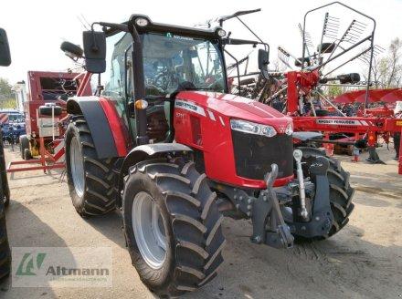 Traktor des Typs Massey Ferguson MF 5711, Vorführmaschine in Wiener Neustadt (Bild 2)