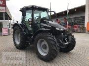 Traktor des Typs Massey Ferguson MF 5713 S Efficient, Neumaschine in Burgkirchen