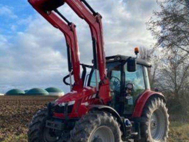 Traktor des Typs Massey Ferguson MF 5713 SL dyna 6, Gebrauchtmaschine in MARLENHEIM (Bild 1)