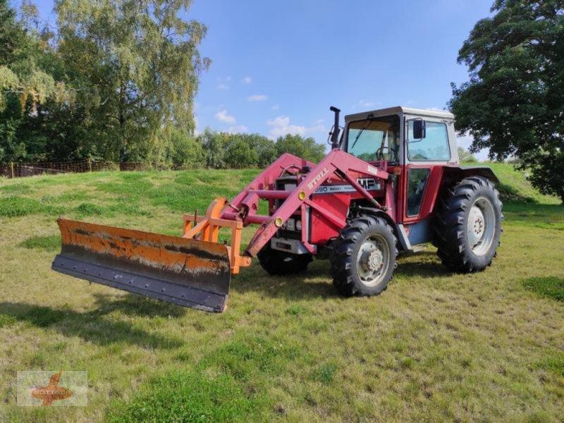 Traktor tipa Massey Ferguson MF 590 + Schneeschild + Streuer, Gebrauchtmaschine u Oederan (Slika 1)