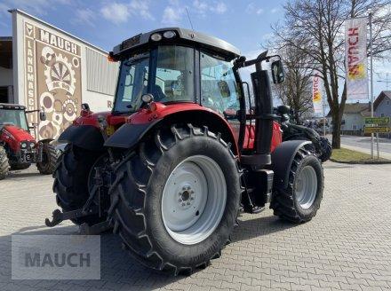 Traktor des Typs Massey Ferguson MF 6615 Dyna-6 Efficient, Gebrauchtmaschine in Burgkirchen (Bild 2)