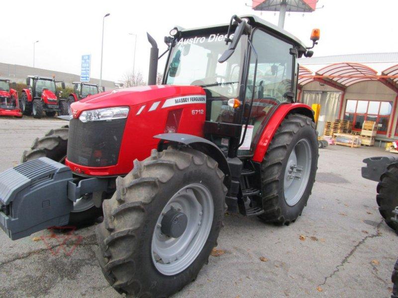 Traktor des Typs Massey Ferguson MF 6712, Gebrauchtmaschine in Schwechat (Bild 1)