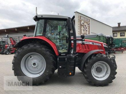 Traktor des Typs Massey Ferguson MF 6713 S Dyna-6 Efficient (Stage V), Neumaschine in Burgkirchen (Bild 2)