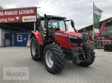 Traktor des Typs Massey Ferguson MF 6713 S Dyna-6 Efficient (Stage V), Neumaschine in Burgkirchen (Bild 1)