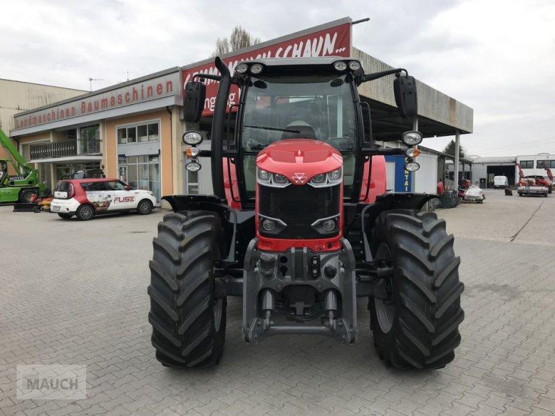 Traktor des Typs Massey Ferguson MF 6713 S Dyna-6 Efficient (Stage V), Neumaschine in Burgkirchen (Bild 8)