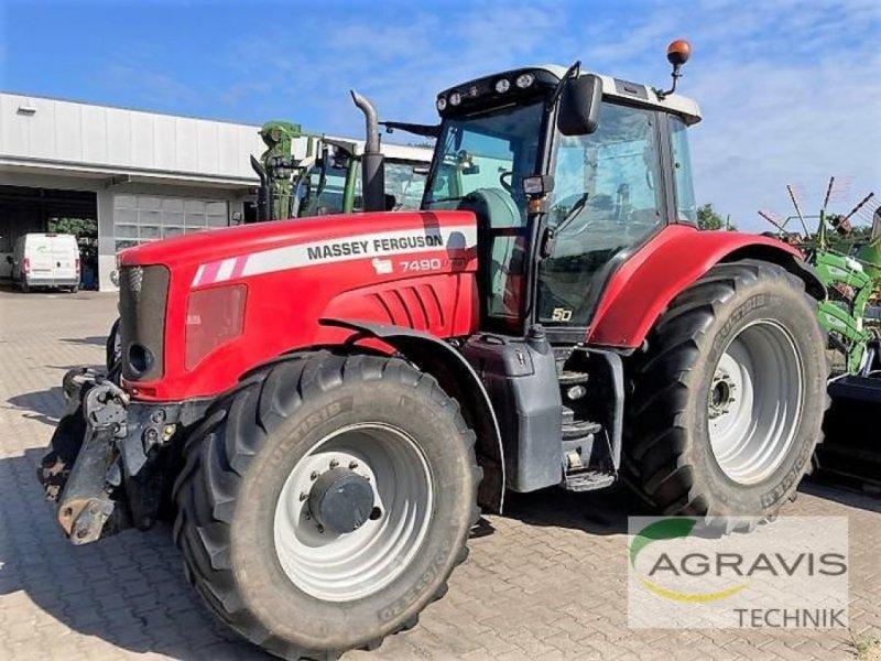 Traktor des Typs Massey Ferguson MF 7490 DYNA VT, Gebrauchtmaschine in Nienburg (Bild 1)