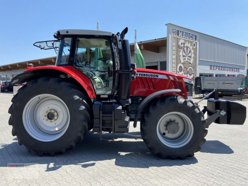 Traktor tip Massey Ferguson MF 7720 Dyna-6 Efficient, Neumaschine in Jud. Timiş (Poză 1)