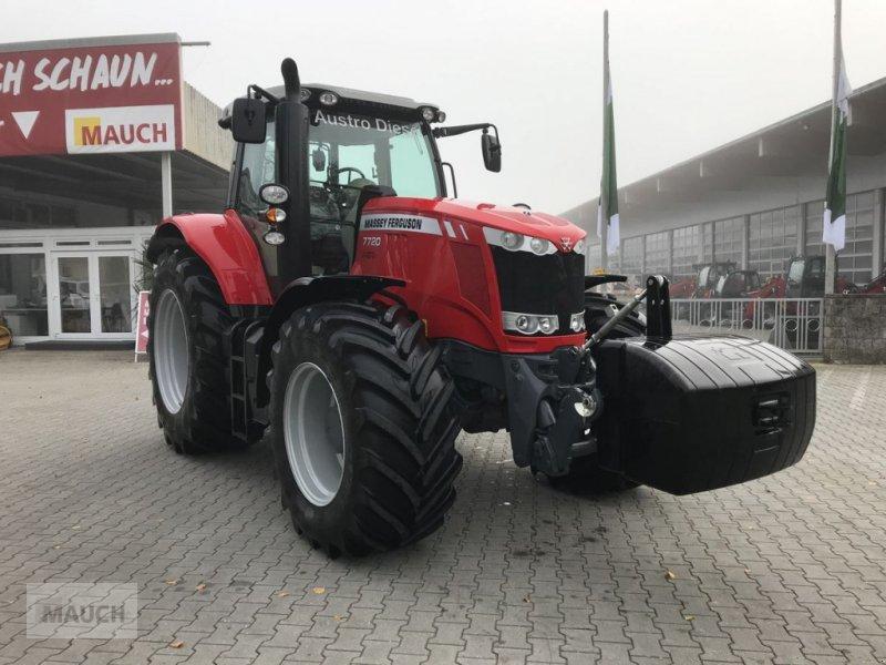 Traktor des Typs Massey Ferguson MF 7720 Dyna-6 Top Line, Neumaschine in Burgkirchen (Bild 1)