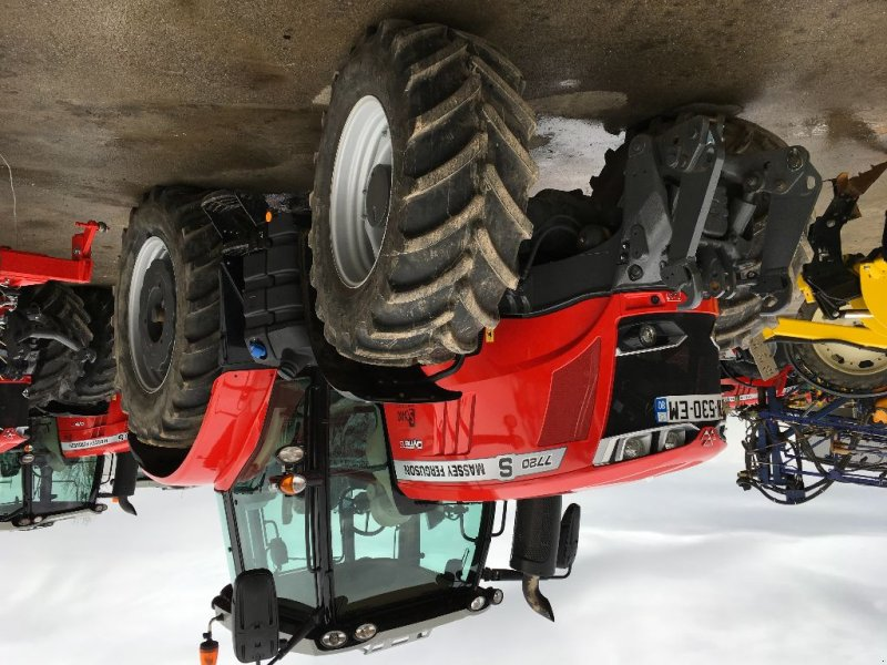 Traktor des Typs Massey Ferguson MF 7720 S DYNA 6, Gebrauchtmaschine in Glisy (Bild 1)