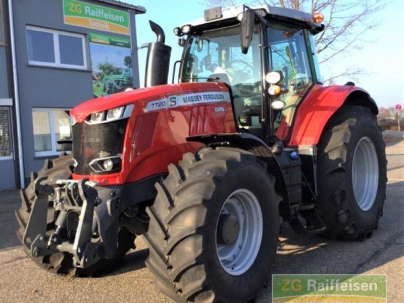 Traktor des Typs Massey Ferguson MF 7720 S Dyna, Gebrauchtmaschine in Waldshut-Tiengen (Bild 1)