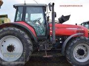 Traktor типа Massey Ferguson MF 8250, Gebrauchtmaschine в Bremen