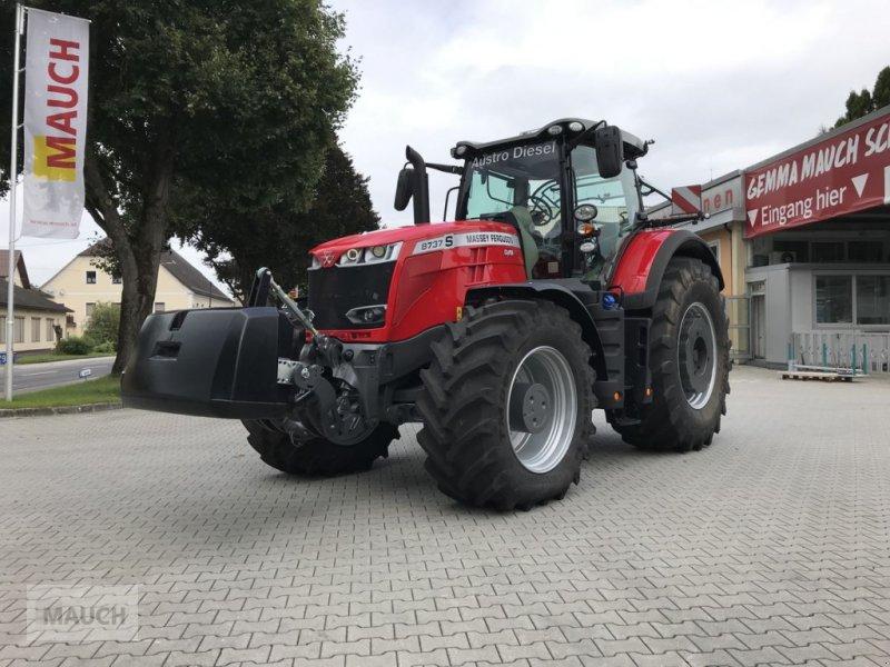 Traktor des Typs Massey Ferguson MF 8737 S Efficient (Stage V), Neumaschine in Burgkirchen (Bild 1)