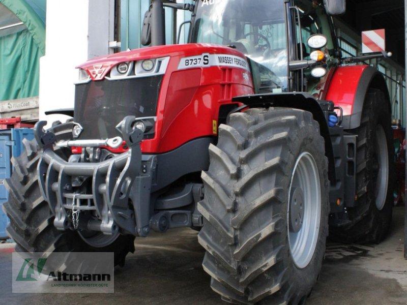 Traktor des Typs Massey Ferguson MF 8737 S Efficient (Stage V), Neumaschine in Wiener Neustadt (Bild 1)
