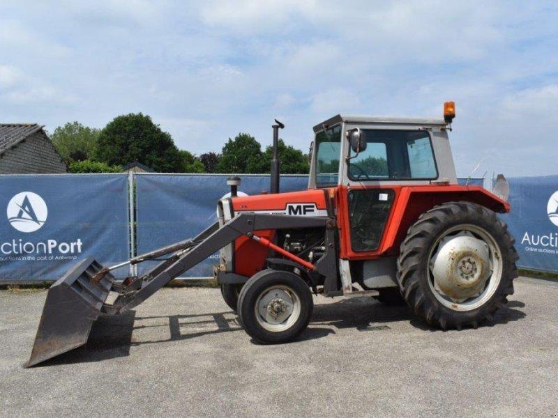 Traktor типа Massey Ferguson MF575, Gebrauchtmaschine в Antwerpen (Фотография 1)