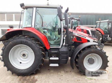 Traktor des Typs Massey Ferguson MF5S 135 D4, Gebrauchtmaschine in Trendelburg (Bild 3)
