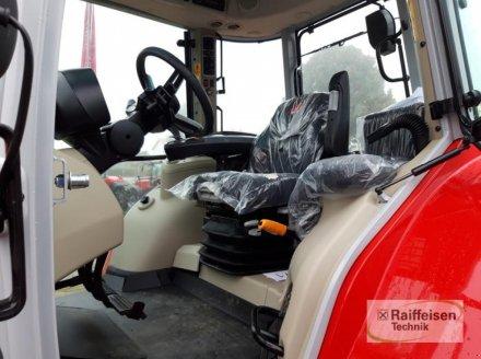 Traktor des Typs Massey Ferguson MF5S 135 D4, Gebrauchtmaschine in Trendelburg (Bild 5)